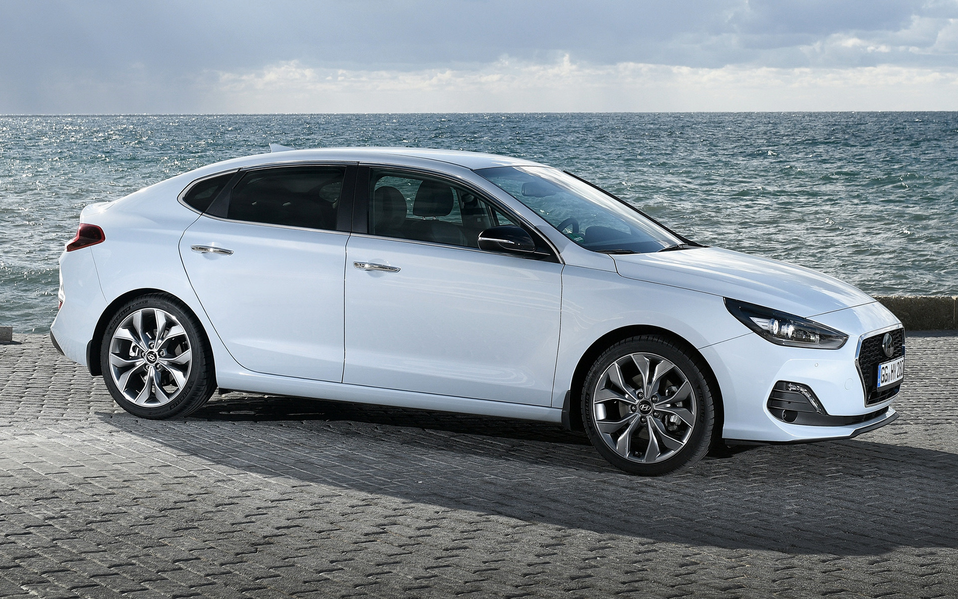 Hyundai I30 Fastback 2017 Wallpapers And Hd Images Car