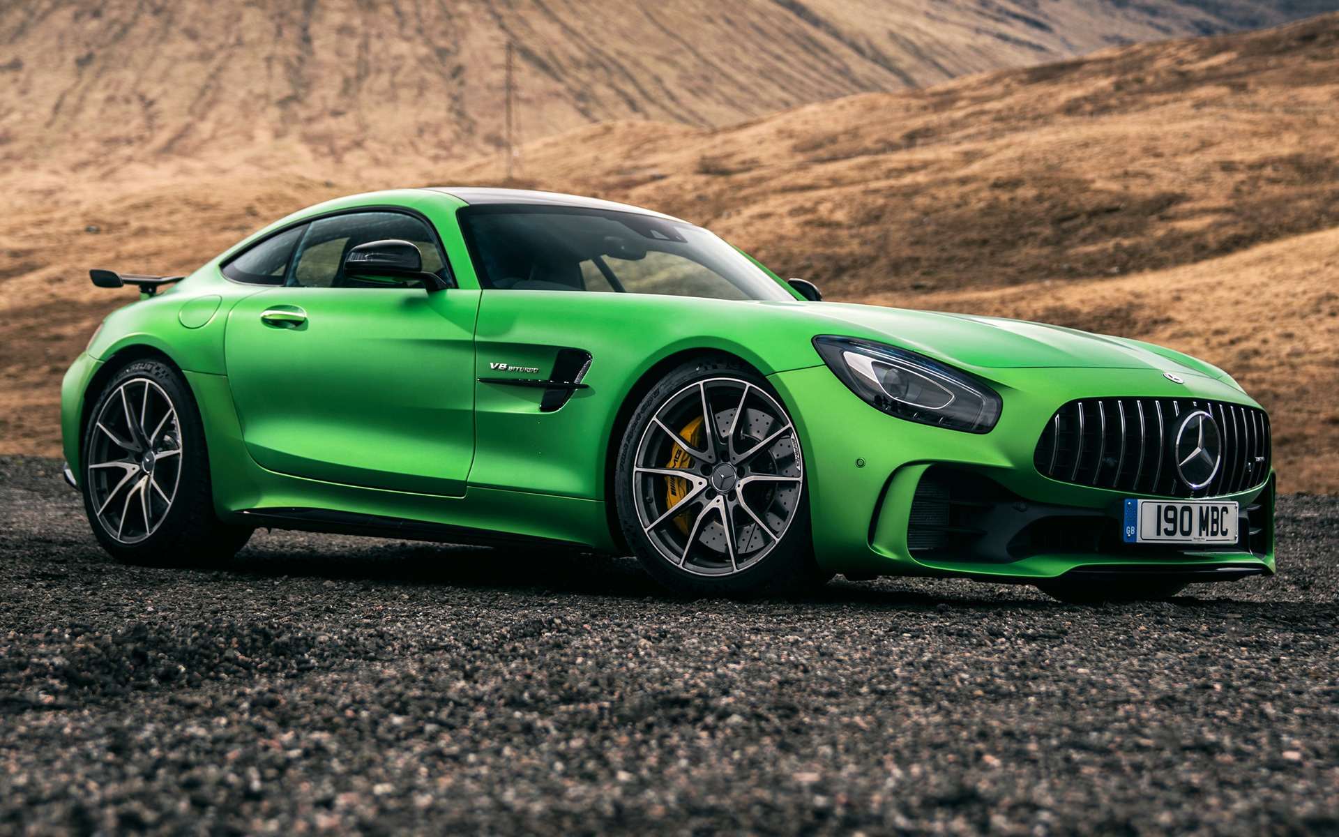 https://www.carpixel.net/w/dd6354a0248a6b31f2bd76fda88e9ebd/mercedes-amg-gt-r-car-wallpaper-65539.jpg