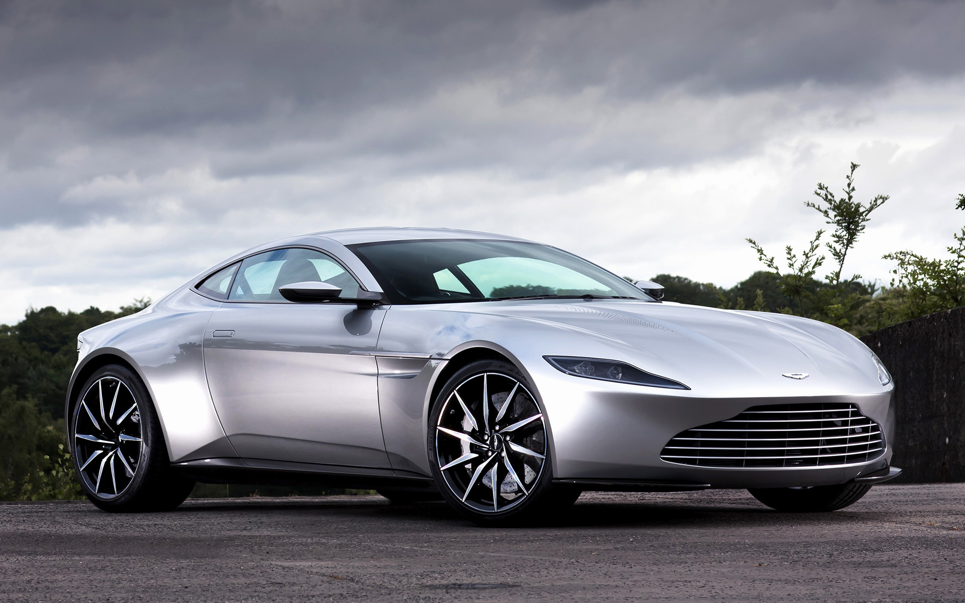 Aston Martin DB10 (2015) Wallpapers and HD Images - Car Pixel