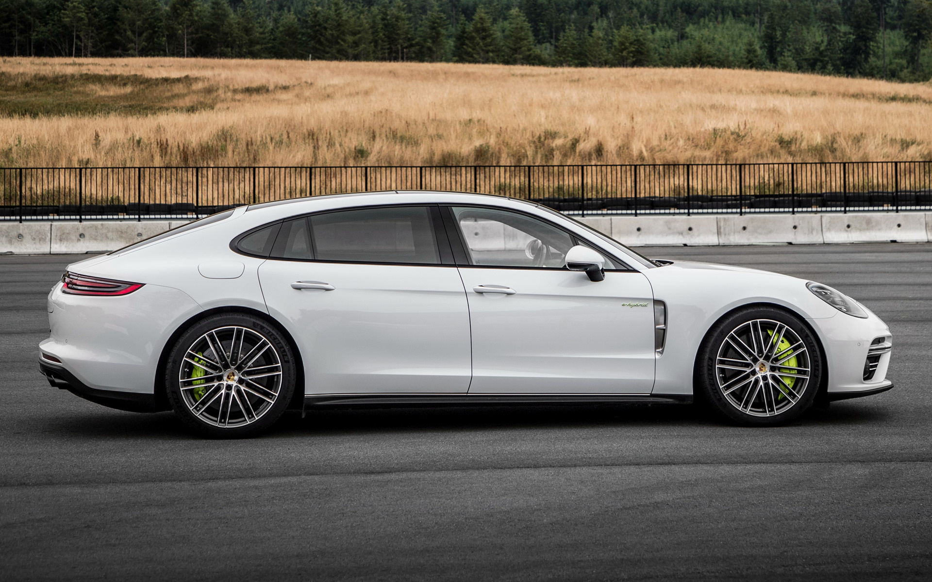 2017 porsche panamera turbo s e hybrid executive wallpapers and hd images car pixel. Black Bedroom Furniture Sets. Home Design Ideas