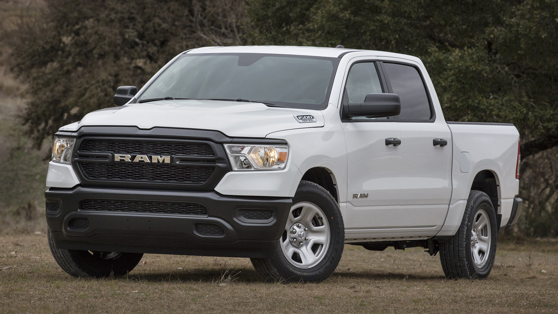 2019 Ram 1500 Tradesman Crew Cab [Short] - Wallpapers and HD Images | Car Pixel