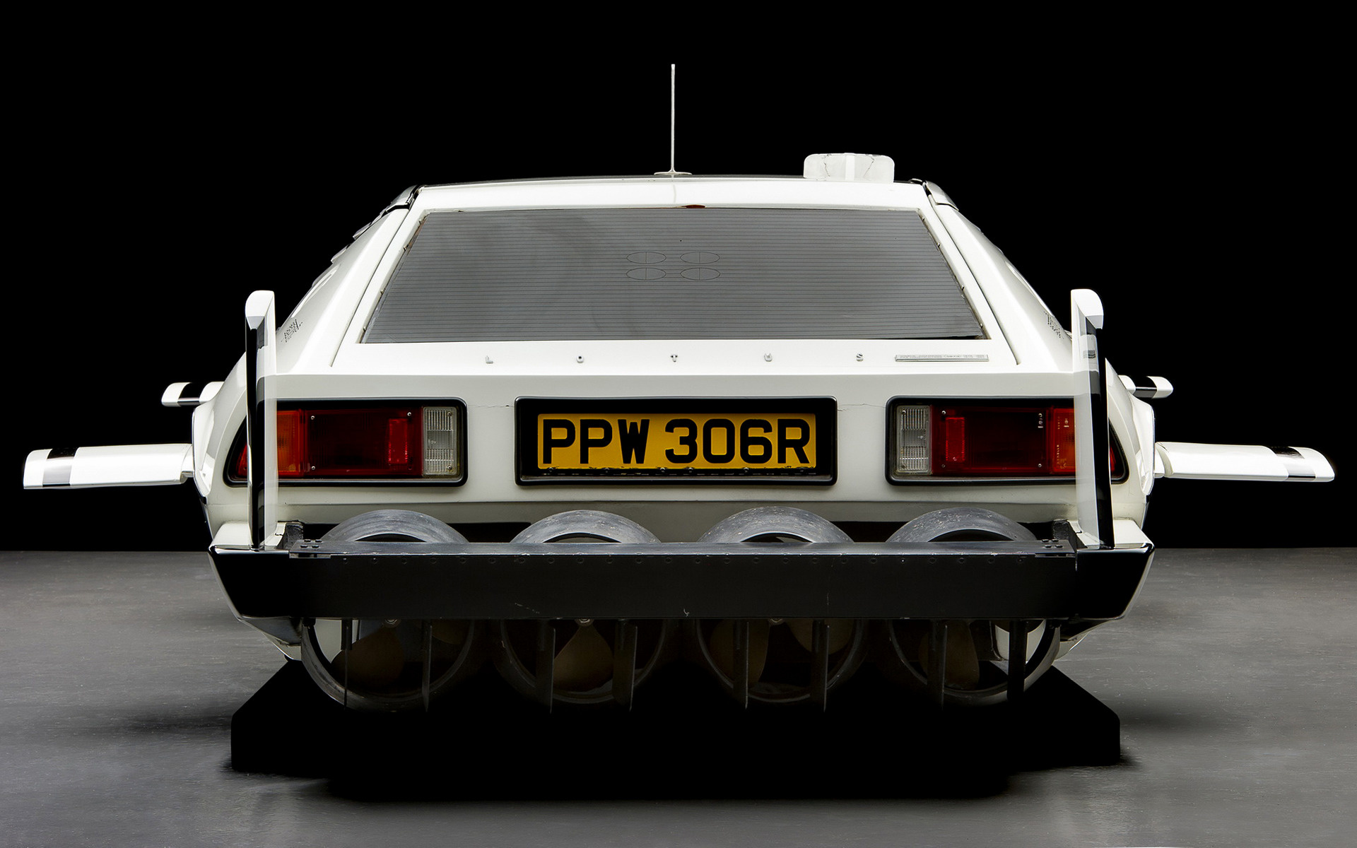 1977 Lotus Esprit 007 The Spy Who Loved Me Wallpapers