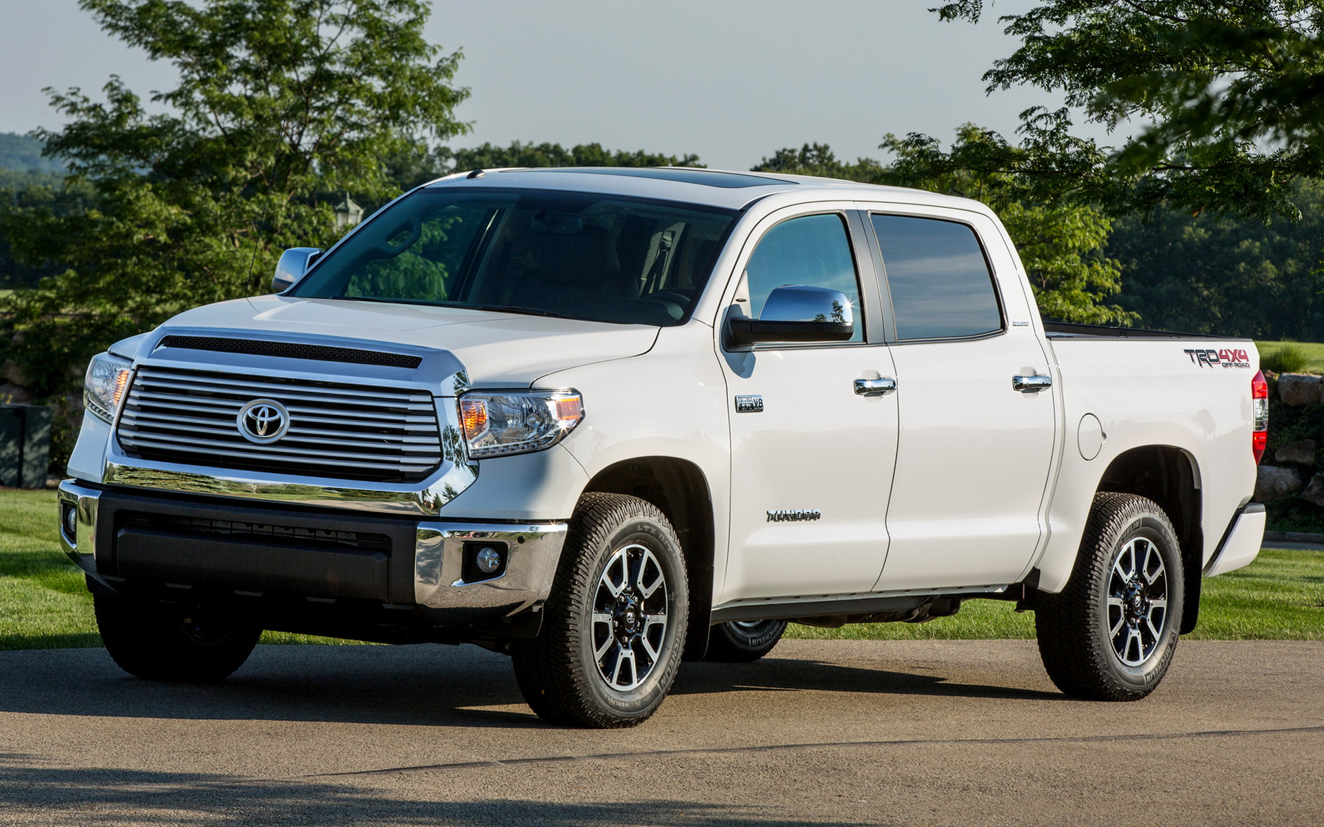 max road crew trd tundra double crewmax new toyota in cab off inventory