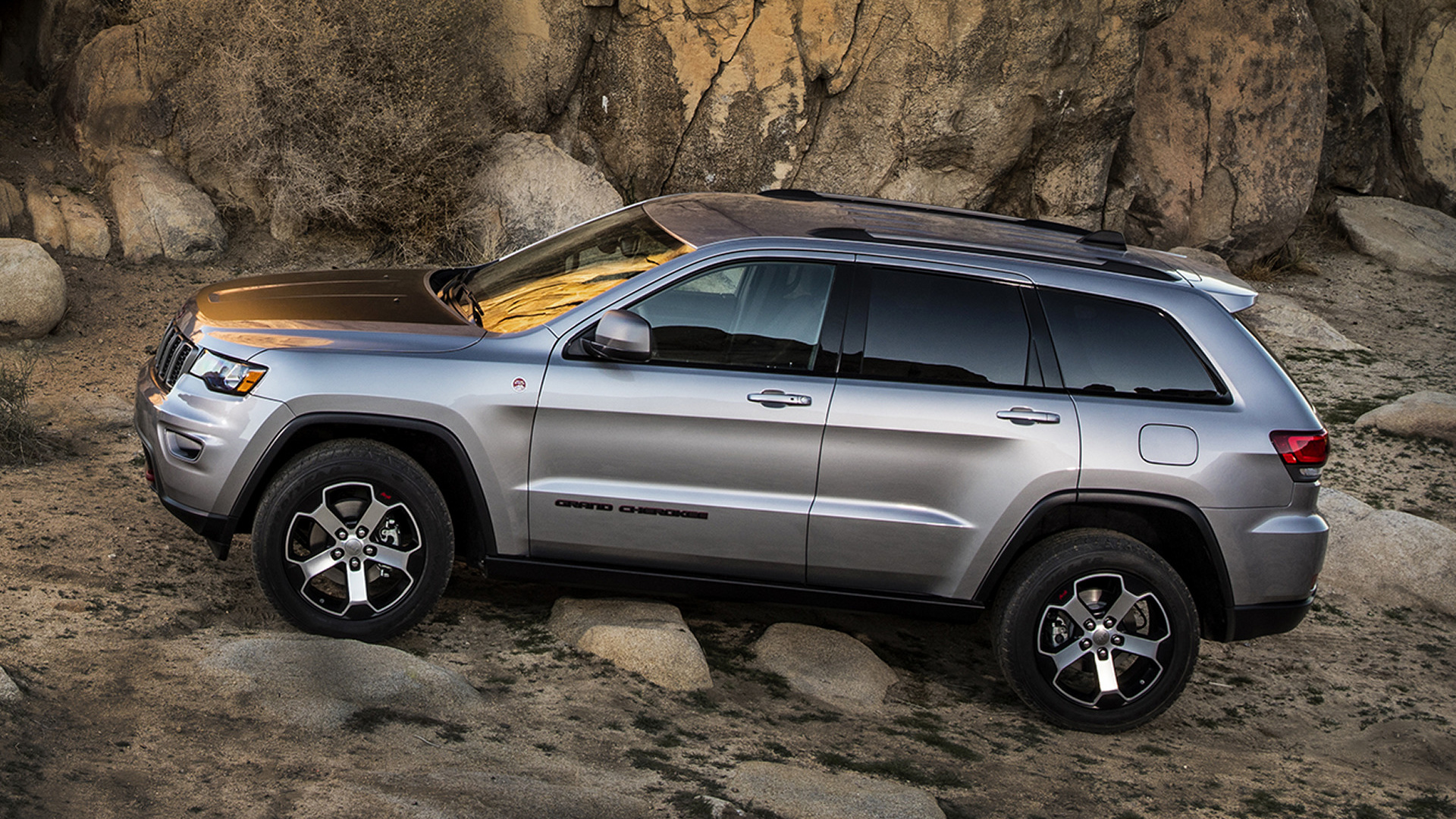Jeep Grand Cherokee Trailhawk (2017) Wallpapers and HD ...