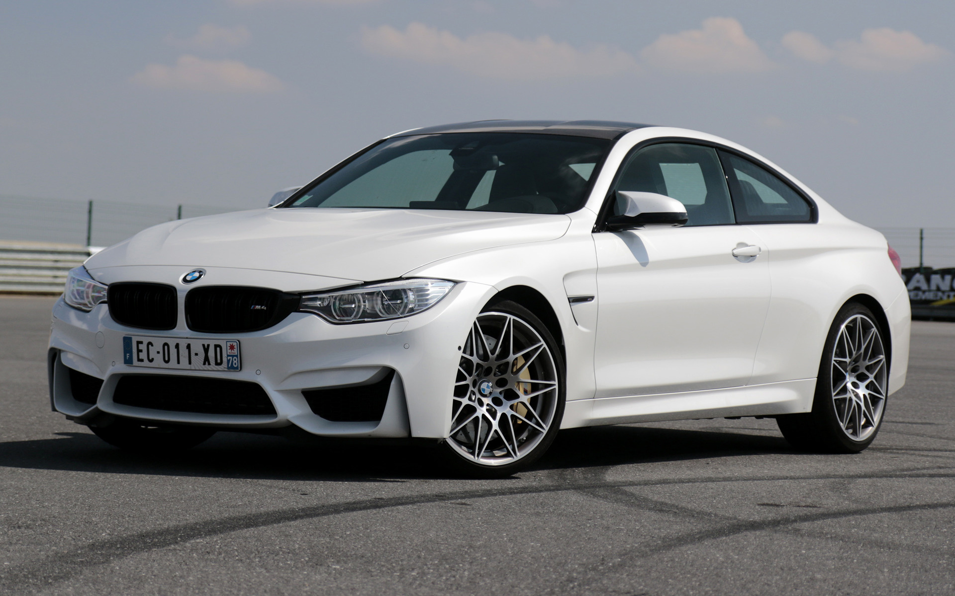 M4 Competition Package >> BMW M4 Coupe Competition Package (2016) Wallpapers and HD Images - Car Pixel
