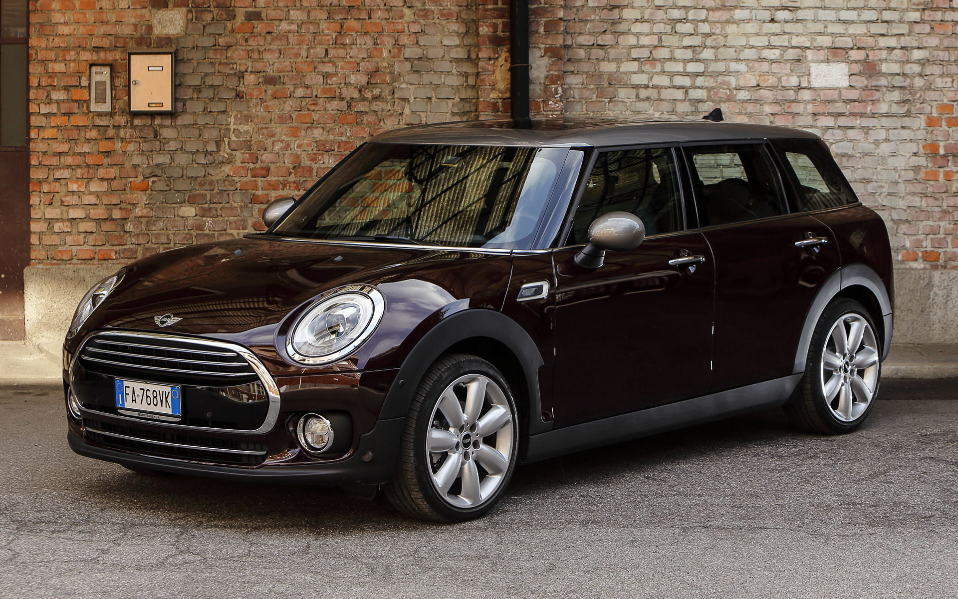 2015 Mini Cooper Clubman Wallpapers And Hd Images Car