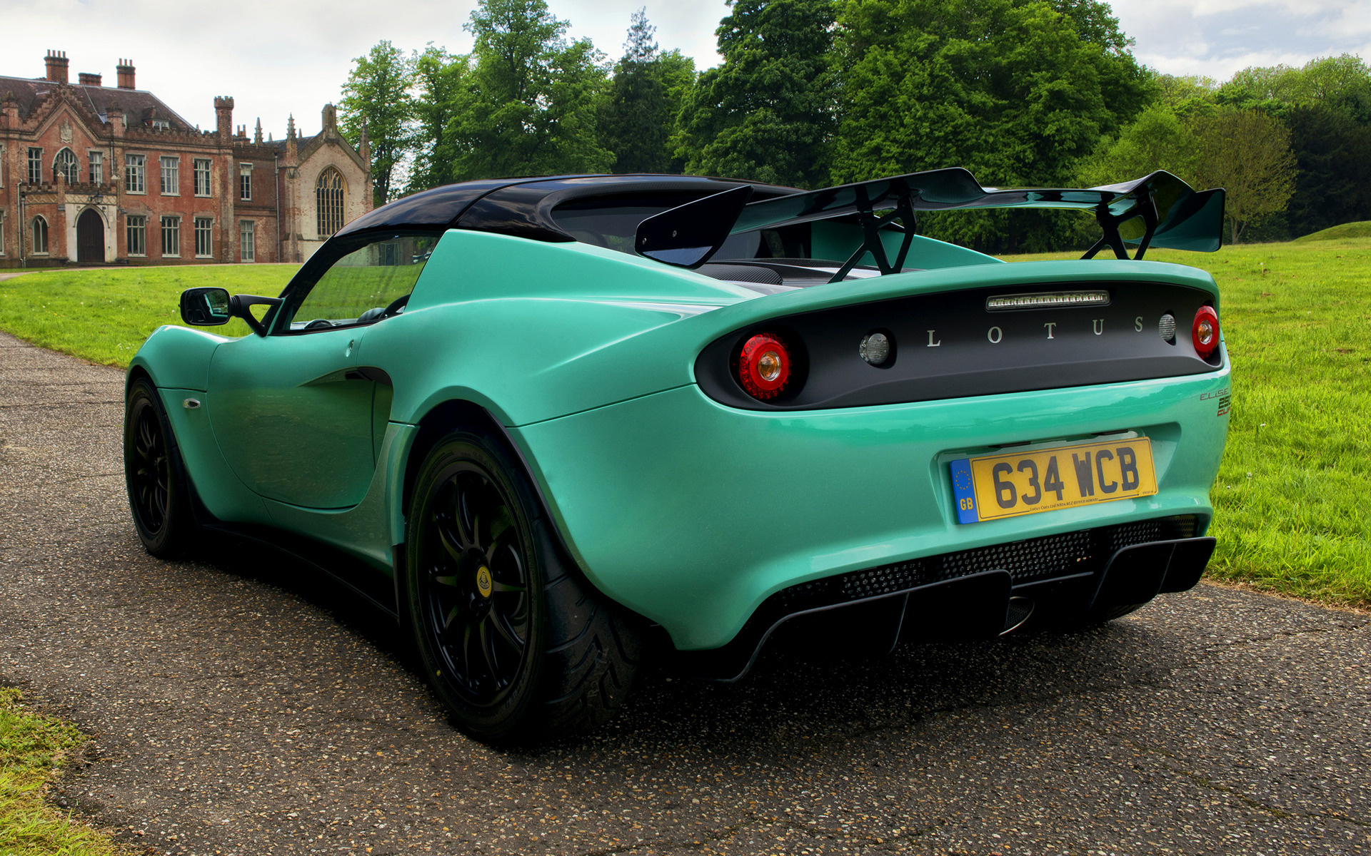 https://www.carpixel.net/w/e1eb05669d93d0826d0d14b89420b44d/lotus-elise-cup-250-car-wallpaper-66075.jpg