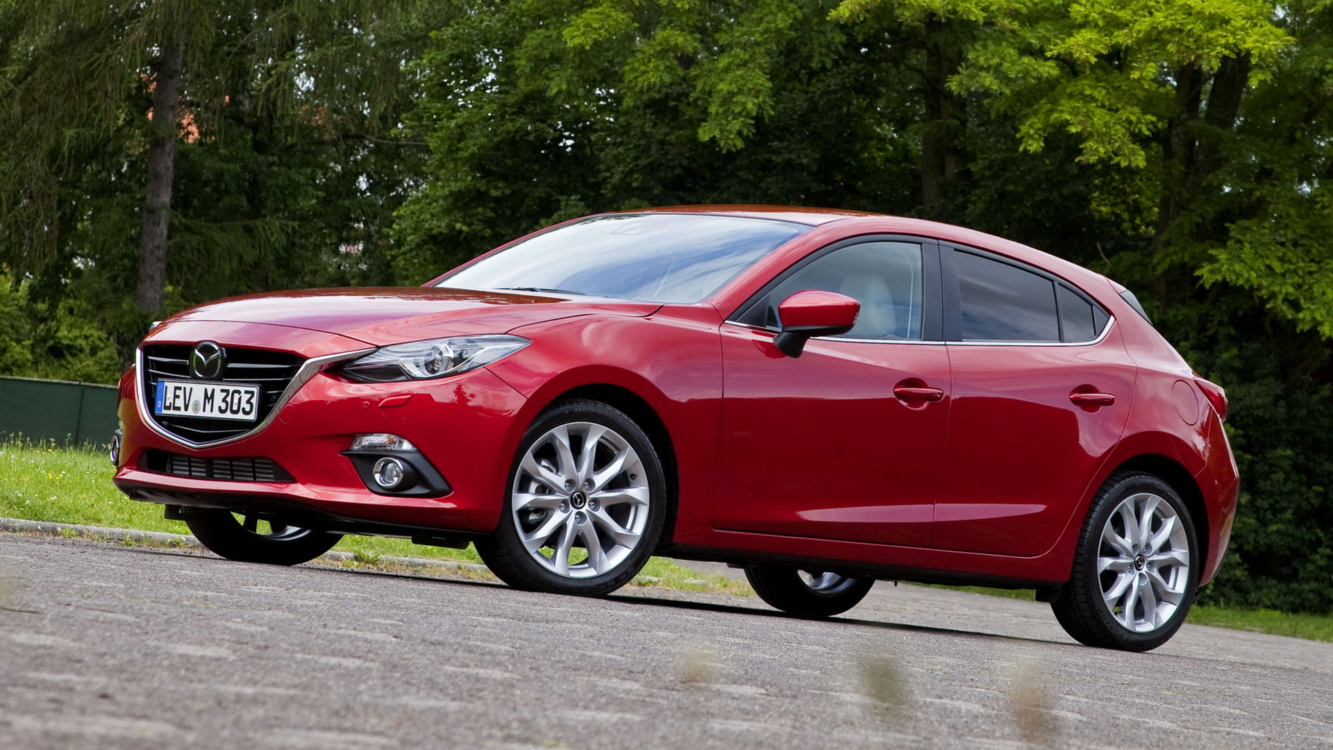 2013 Mazda3 Hatchback - Wallpapers And HD Images