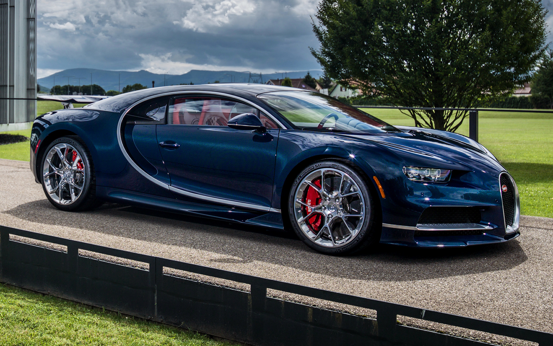 bugatti chiron 2016 wallpapers and hd images 2017 2018. Black Bedroom Furniture Sets. Home Design Ideas
