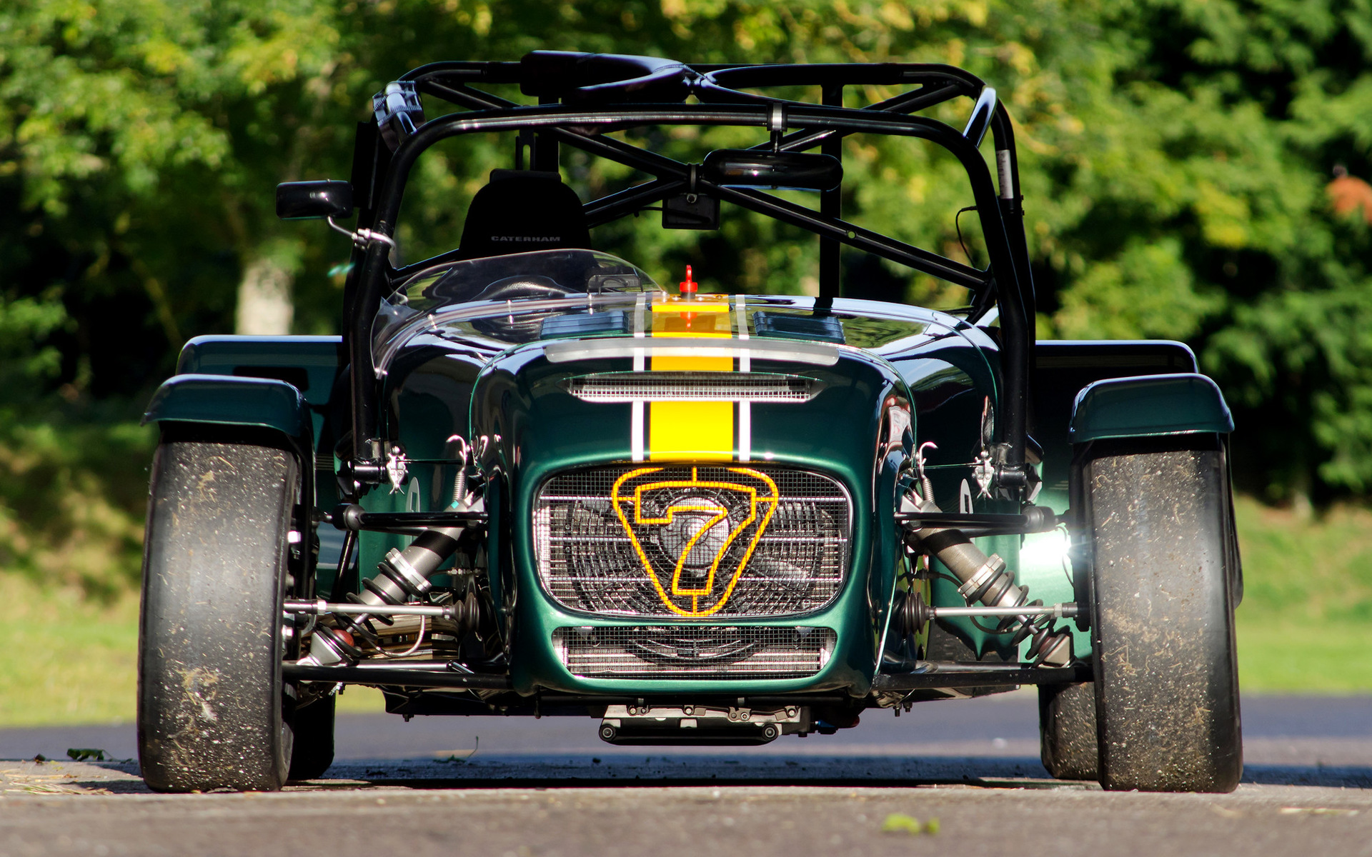 Caterham Seven Superlight R600 (2012) Wallpapers and HD Images