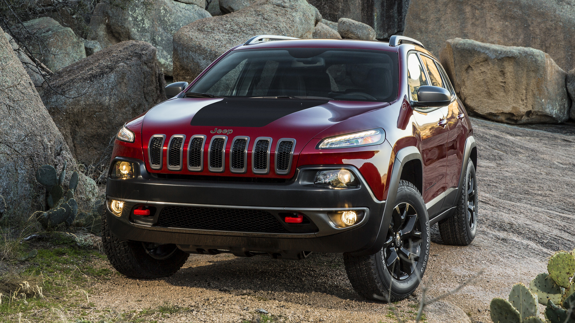 Jeep Cherokee Trailhawk (2014) Wallpapers and HD Images ...