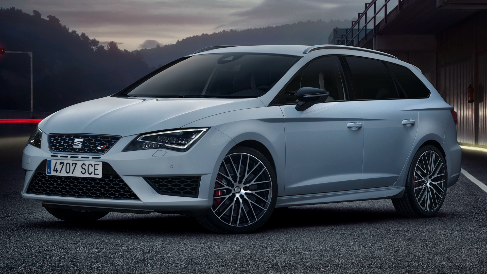 seat leon st cupra 280 2015 wallpapers and hd images car pixel. Black Bedroom Furniture Sets. Home Design Ideas
