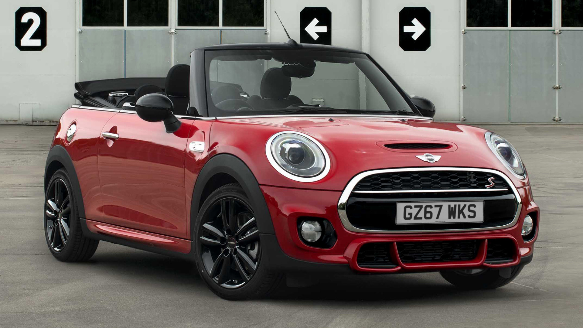 mini cooper s convertible works 210 2017 uk wallpapers and hd images car pixel. Black Bedroom Furniture Sets. Home Design Ideas