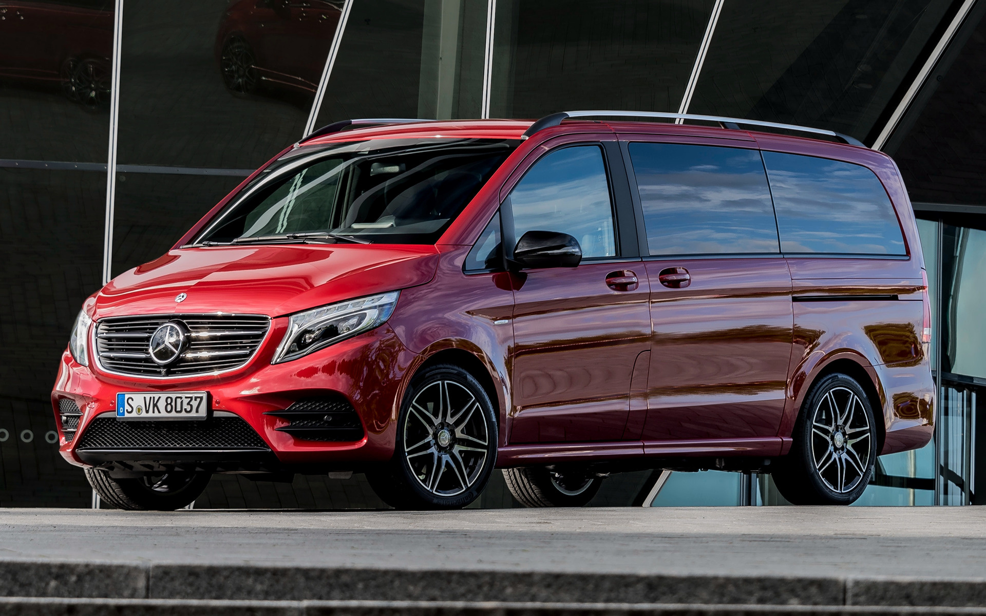 2017 Mercedes Benz V Class Designo Hyacinth Red Metallic