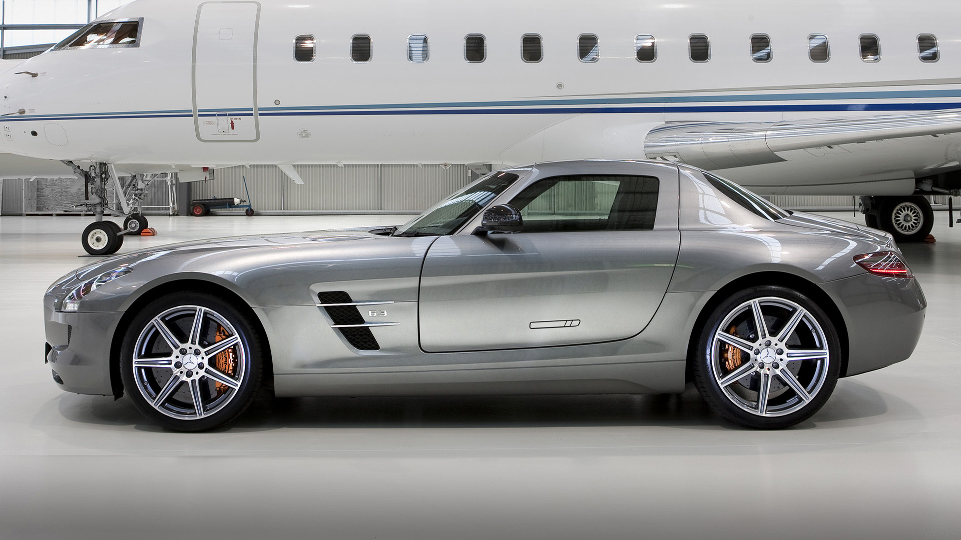 Mercedes Benz SLS AMG 2010 AU Wallpapers and HD Car Pixel