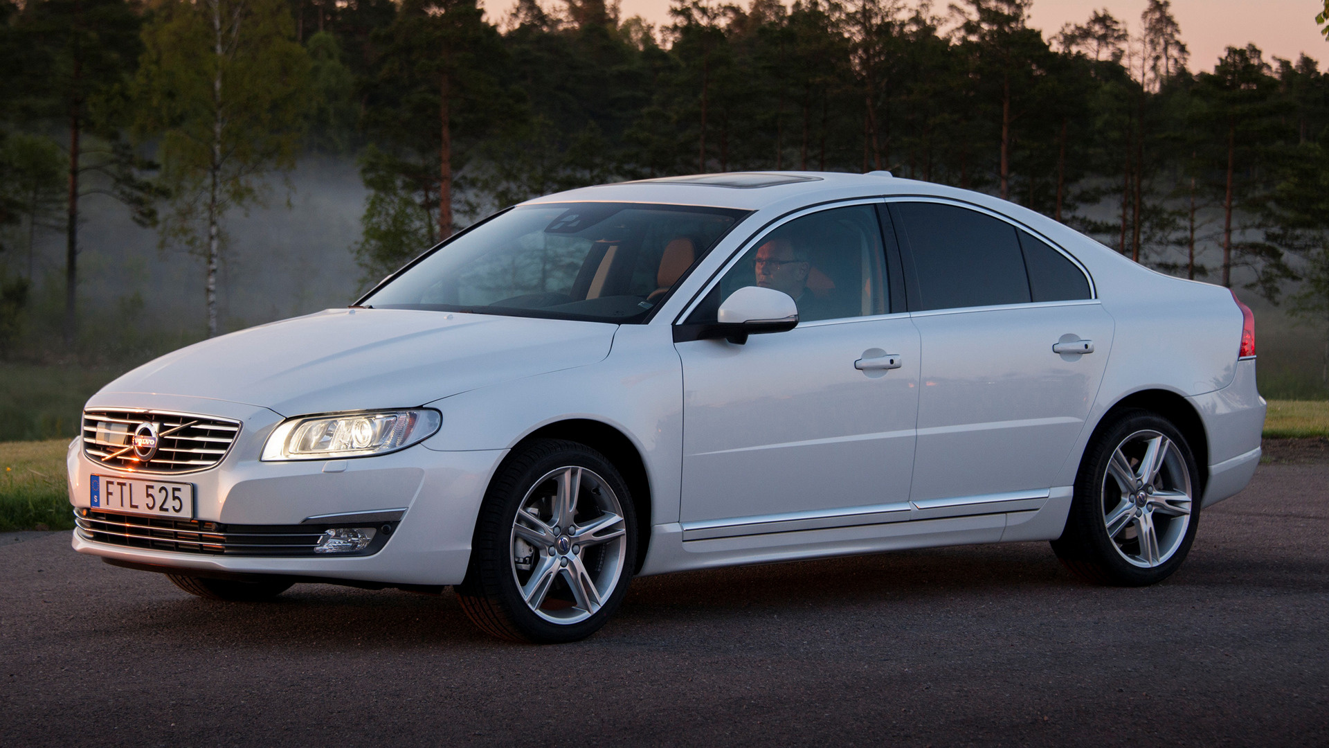 volvo s80 2013 wallpapers and hd images car pixel. Black Bedroom Furniture Sets. Home Design Ideas