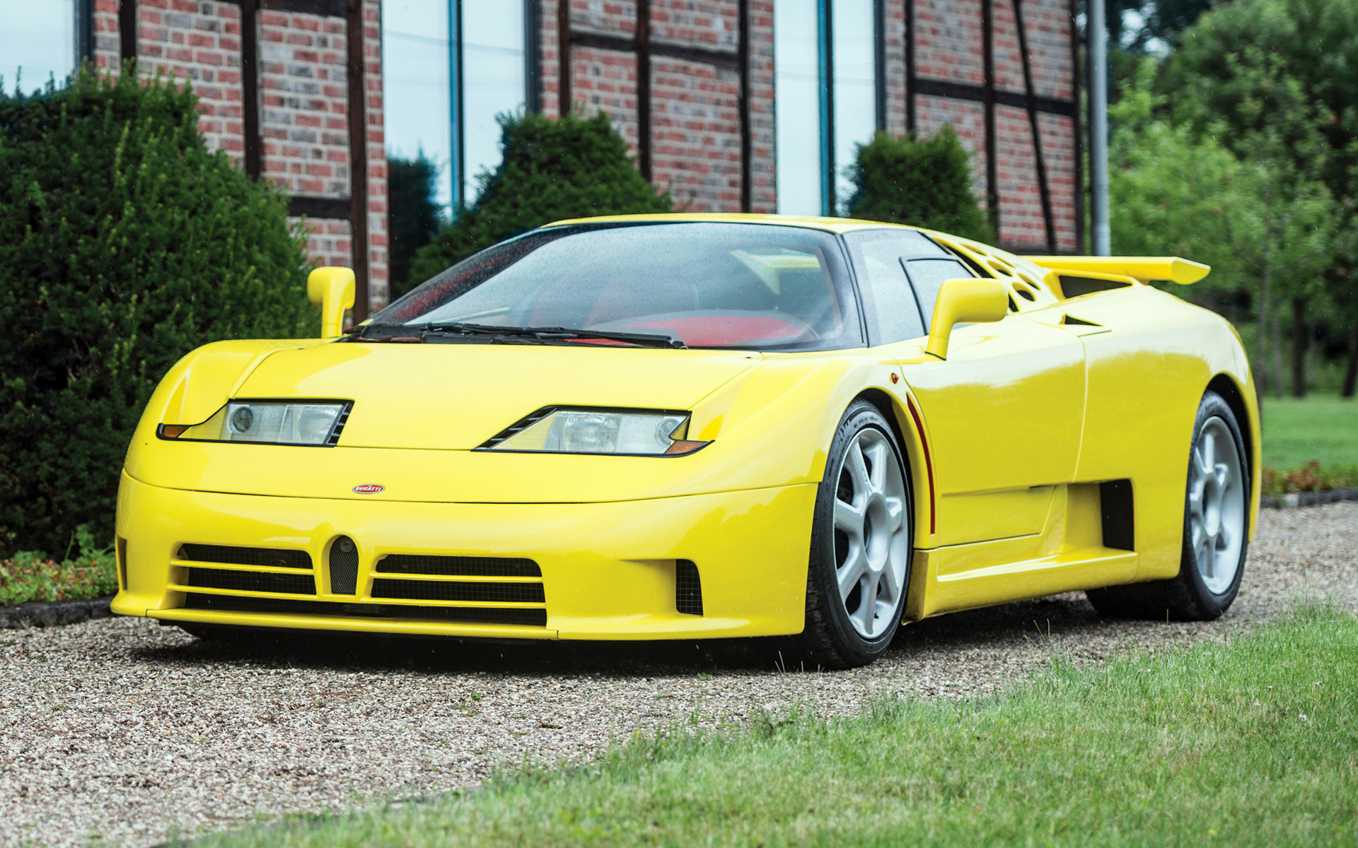 Bugatti EB110 SS (1992) Wallpapers and HD Images - Car Pixel