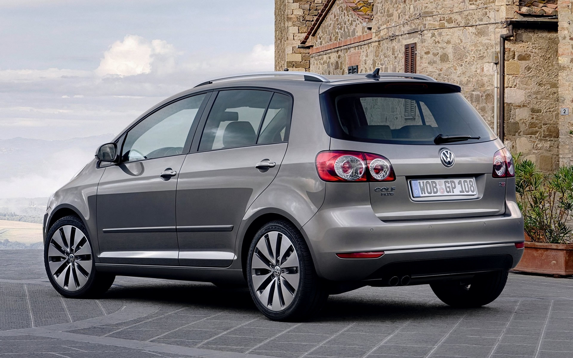 volkswagen golf plus 2008 wallpapers and hd images car pixel. Black Bedroom Furniture Sets. Home Design Ideas