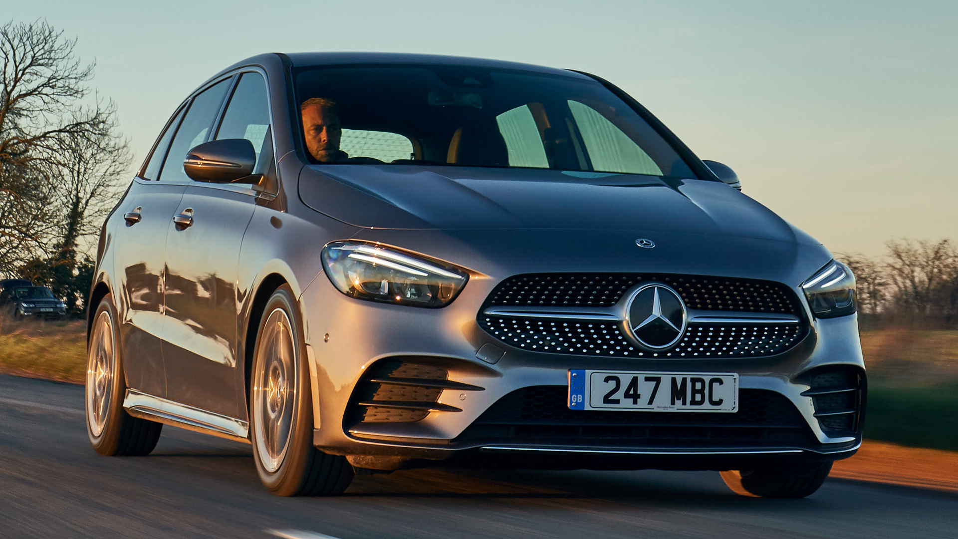 Genesis Sports Car >> 2019 Mercedes-Benz B-Class AMG Line (UK) - Wallpapers and HD Images | Car Pixel