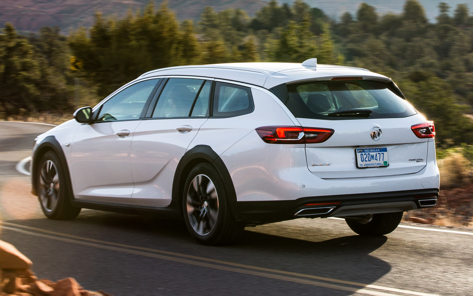 2018 Buick Regal TourX - Wallpapers and HD Images | Car Pixel