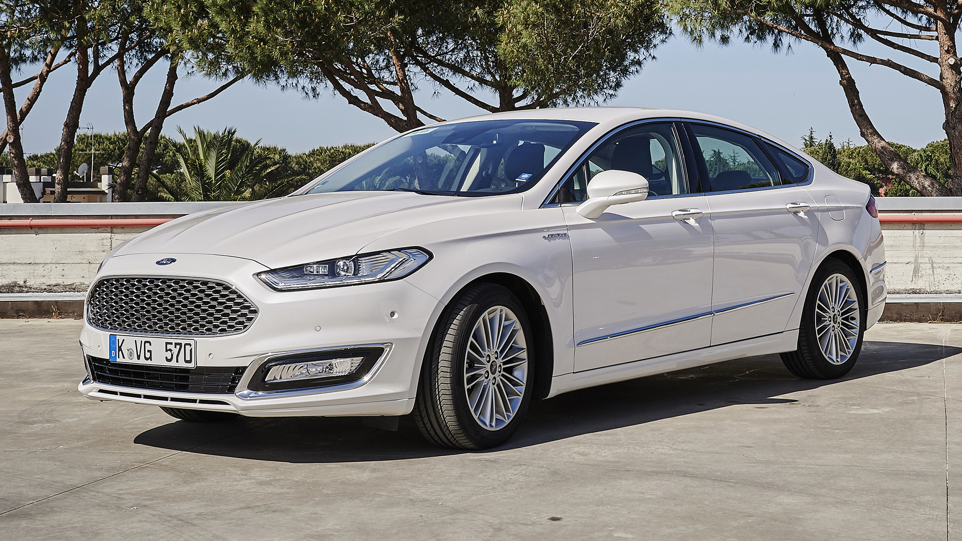 2015 ford vignale mondeo sedan wallpapers and hd images. Black Bedroom Furniture Sets. Home Design Ideas