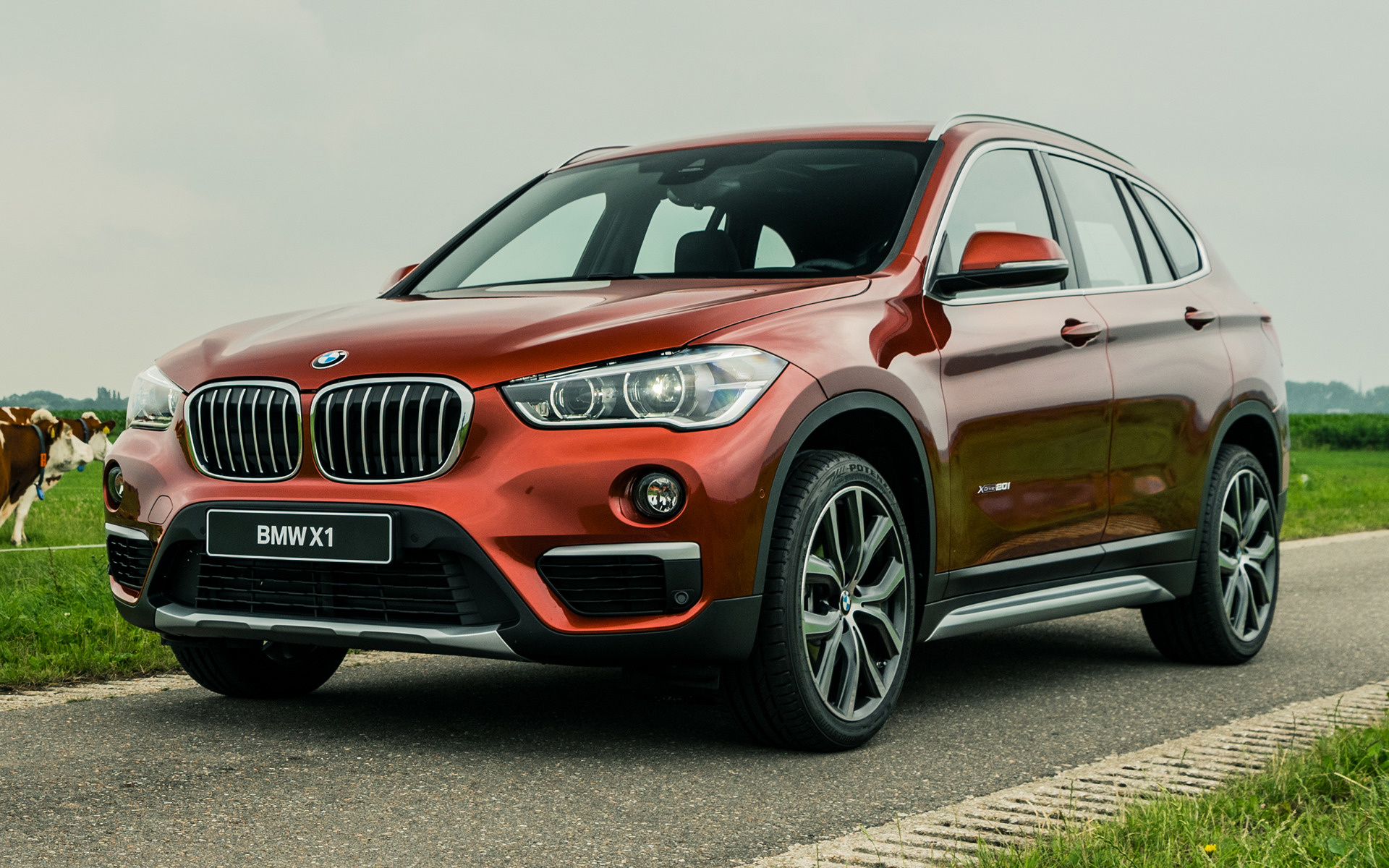 2017 bmw x1 orange edition