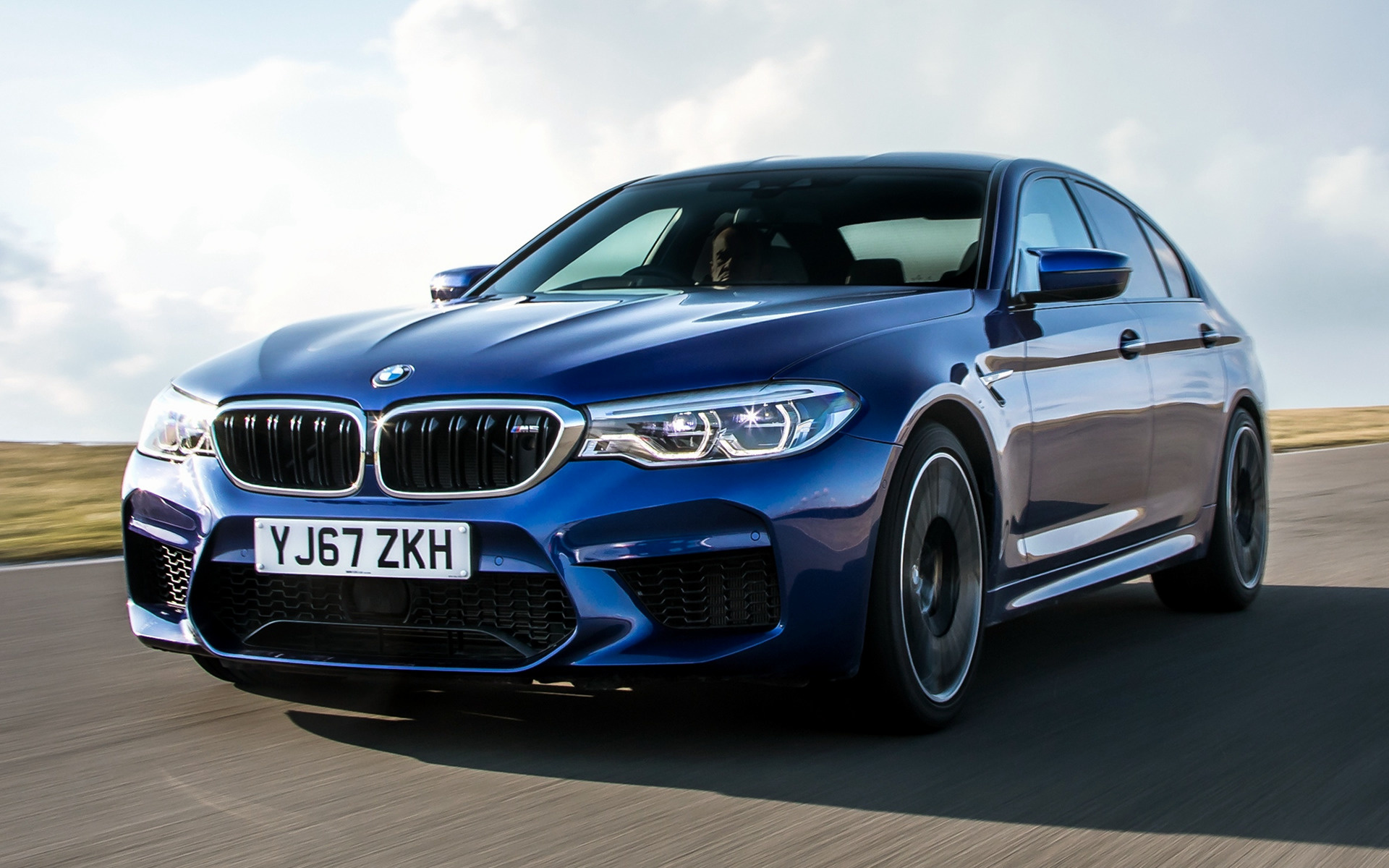 Smart Car Safety >> 2018 BMW M5 (UK) - Wallpapers and HD Images | Car Pixel