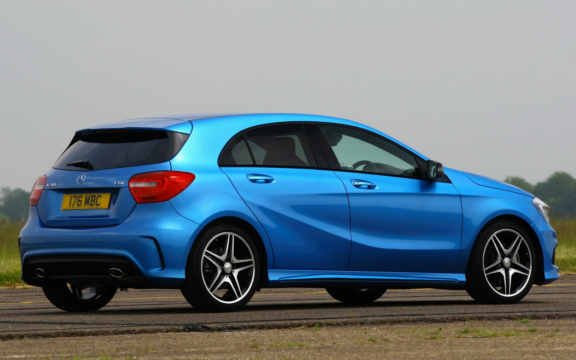 2012 mercedes benz a class amg sport uk wallpapers and. Black Bedroom Furniture Sets. Home Design Ideas