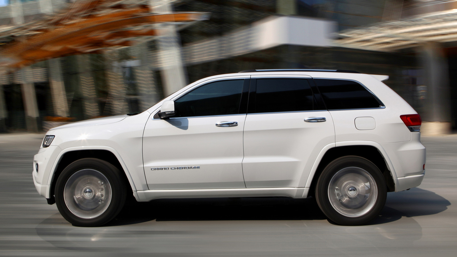 Jeep grand cherokee trailhawk desktop wallpaper hd car wallpapers - Jeep Grand Cherokee Overland 2013 Eu Wallpapers And Hd
