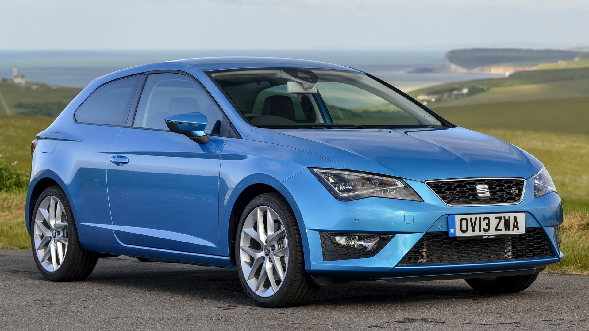 seat leon sc fr 2013 uk wallpapers and hd images car pixel. Black Bedroom Furniture Sets. Home Design Ideas
