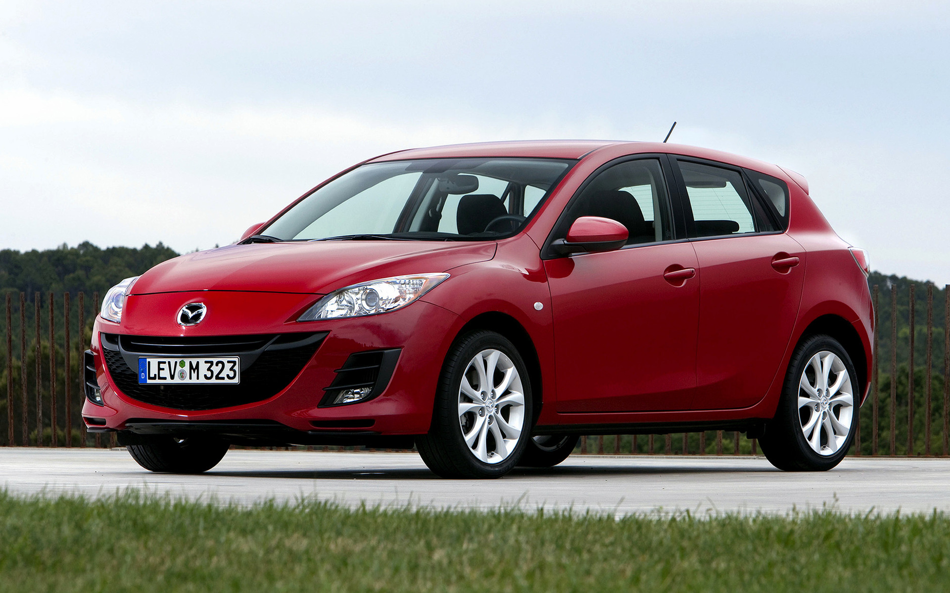 Mazda3 Hatchback (2009) Wallpapers And HD Images