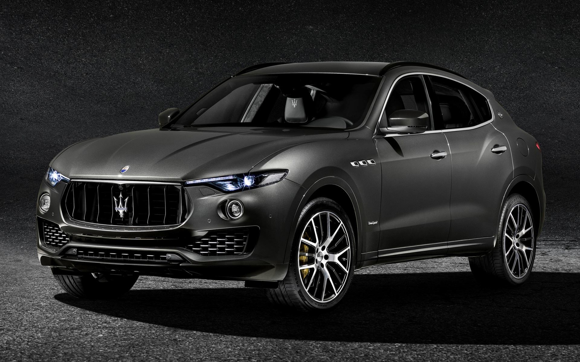 2016 Dodge Ram >> 2017 Maserati Levante GranSport - Wallpapers and HD Images ...