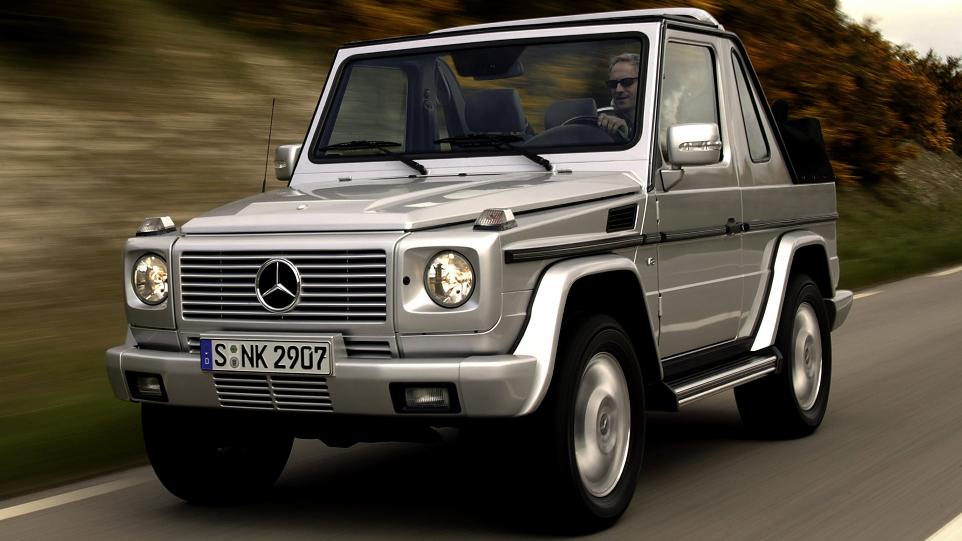 Mercedes benz g class cabriolet 2002 wallpapers and hd for Mercedes benz g class cabriolet