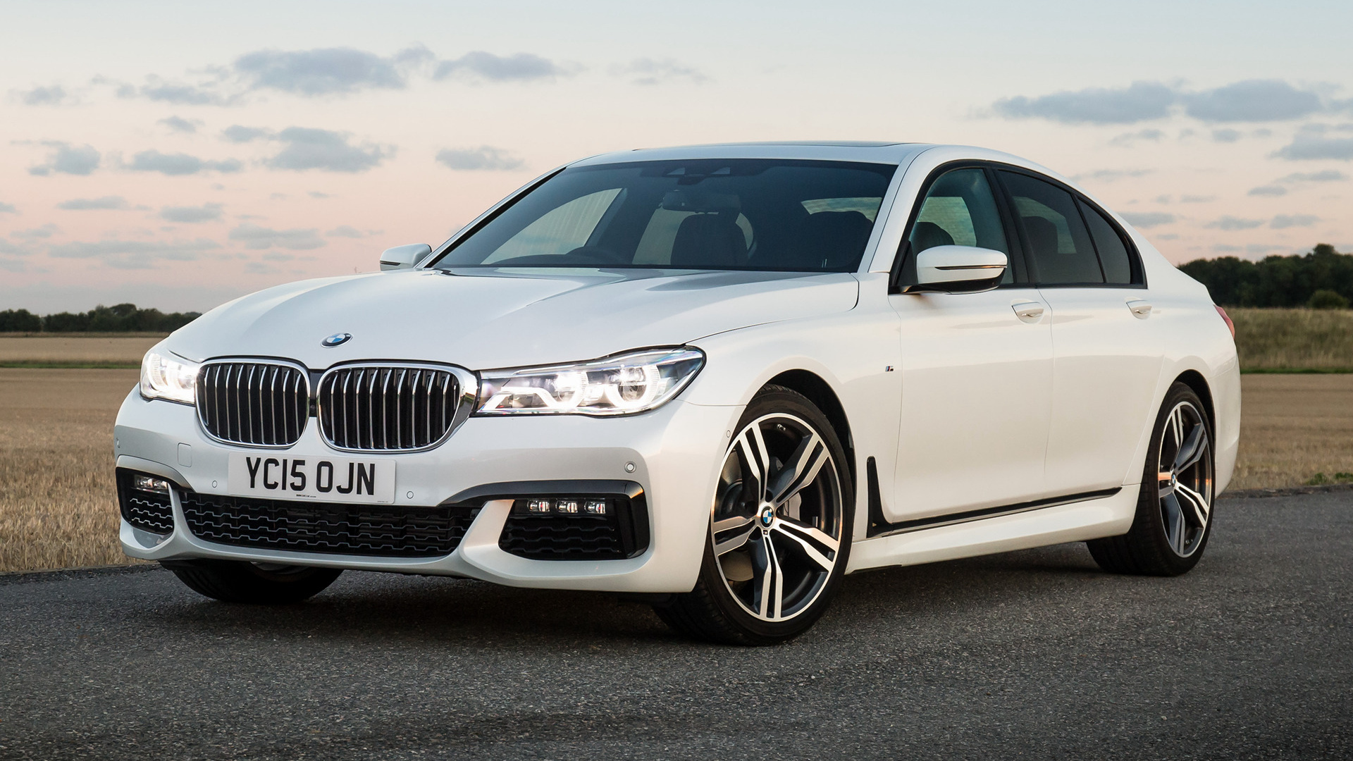 2015 Bmw 7 Series M Sport Uk Wallpapers And Hd Images