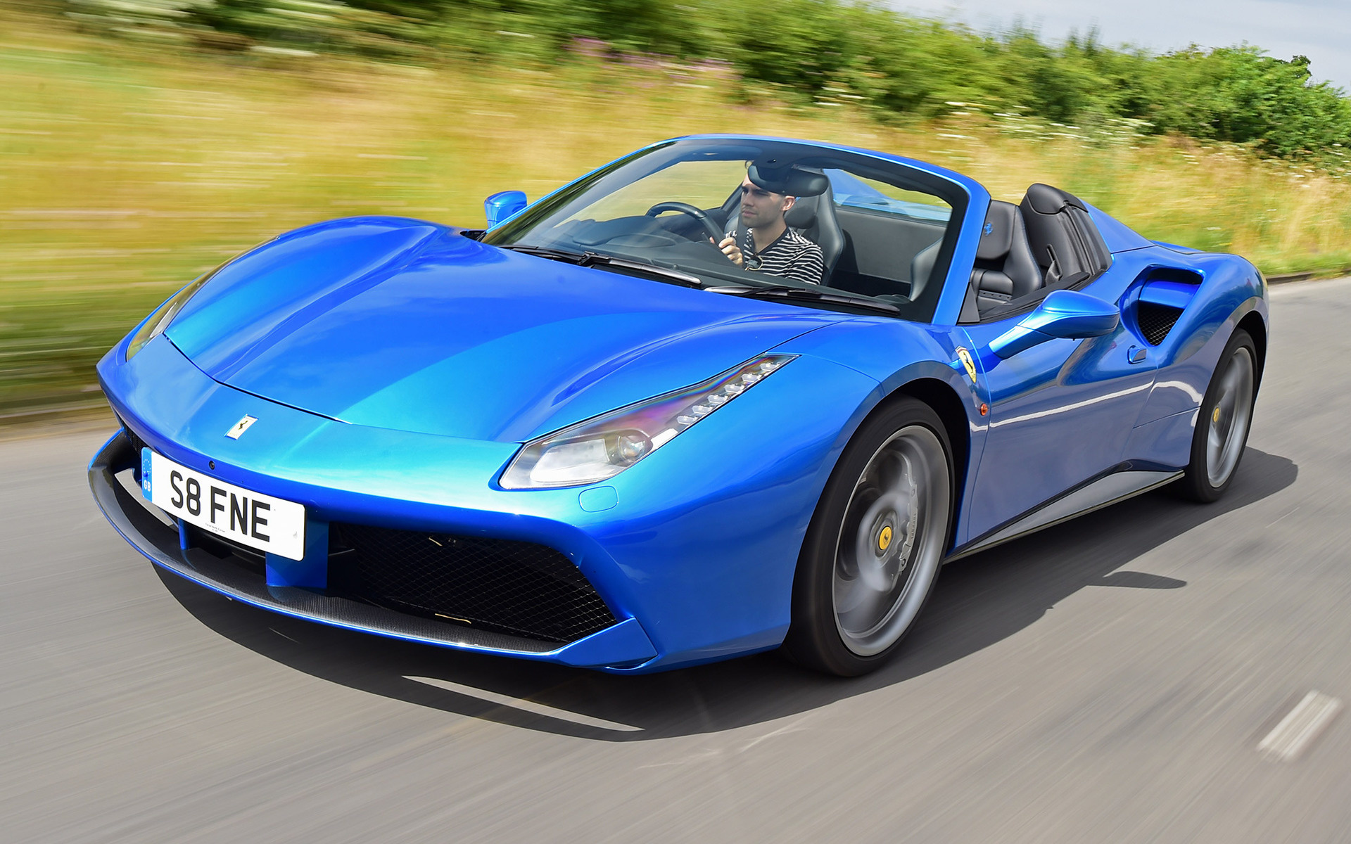 Ferrari 488 Spider (2016) UK Wallpapers and HD Images ...