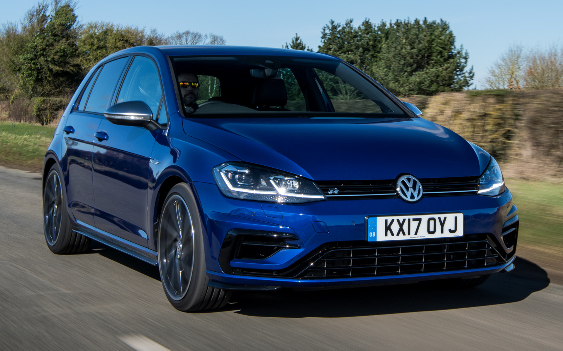 2017 volkswagen golf r 5 door uk wallpapers and hd. Black Bedroom Furniture Sets. Home Design Ideas