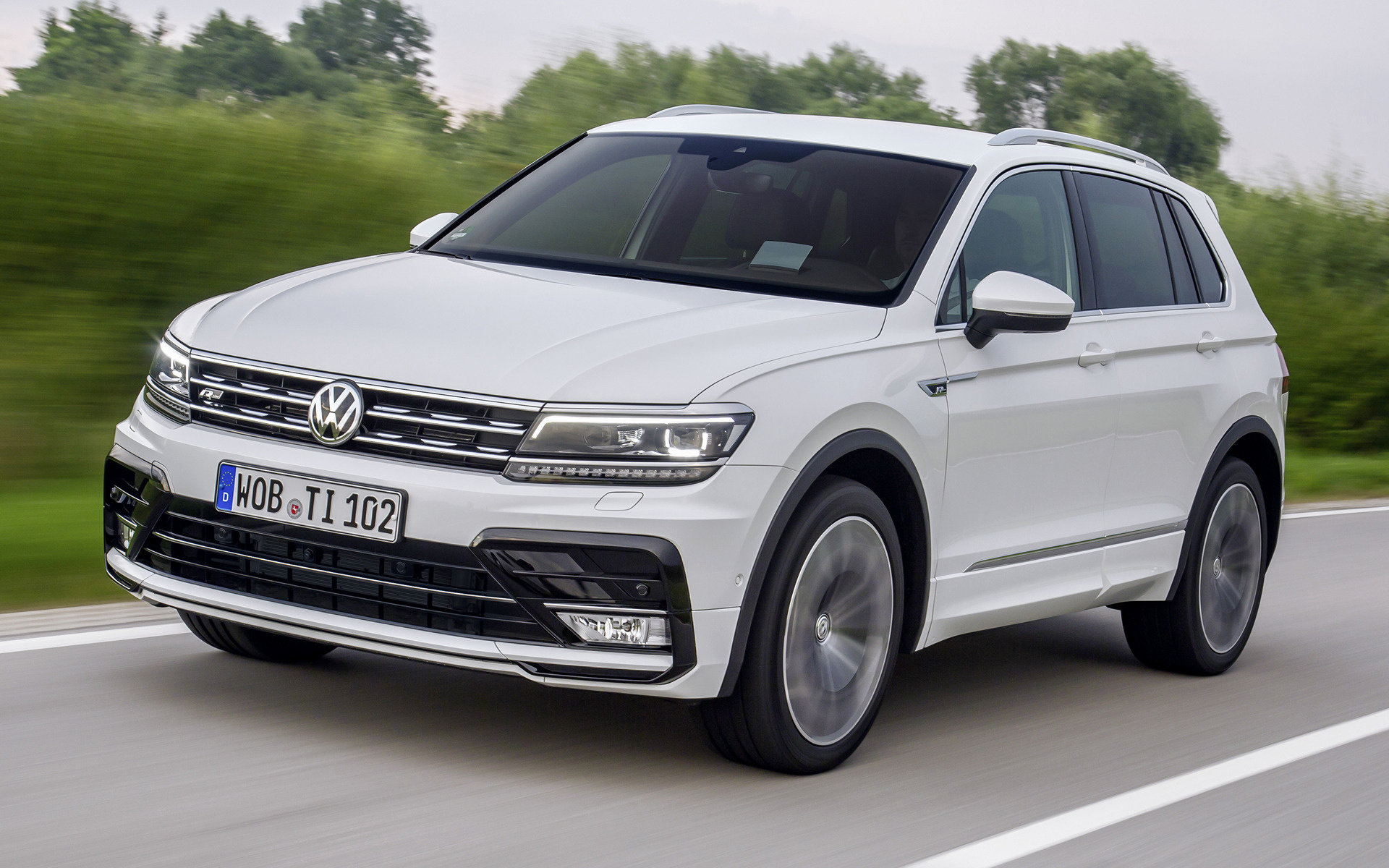 volkswagen tiguan r line 2016 wallpapers and hd images. Black Bedroom Furniture Sets. Home Design Ideas