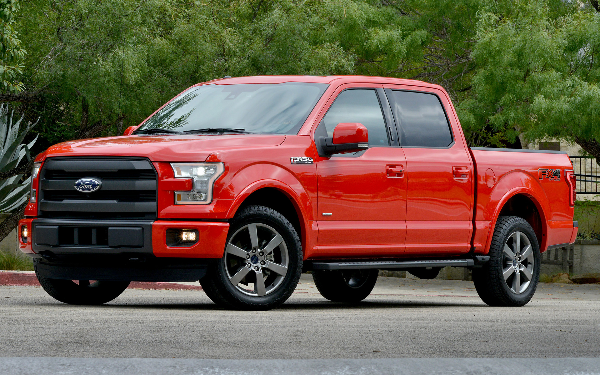 ford f 150 lariat fx4 supercrew 2015 wallpapers and hd images car pixel. Black Bedroom Furniture Sets. Home Design Ideas