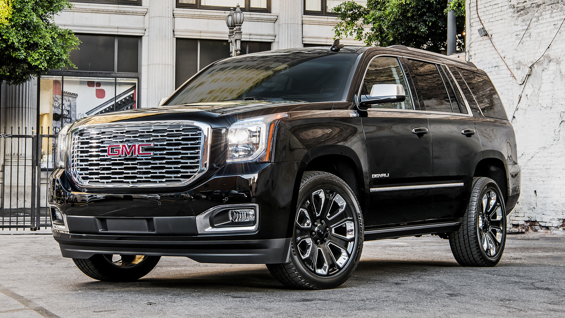GMC Yukon Denali Ultimate Black Edition (2018) Wallpapers ...