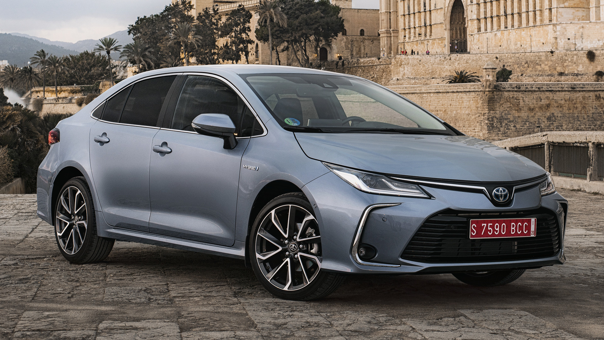 Honda Hybrid Cars >> 2019 Toyota Corolla Sedan Hybrid - Wallpapers and HD Images | Car Pixel