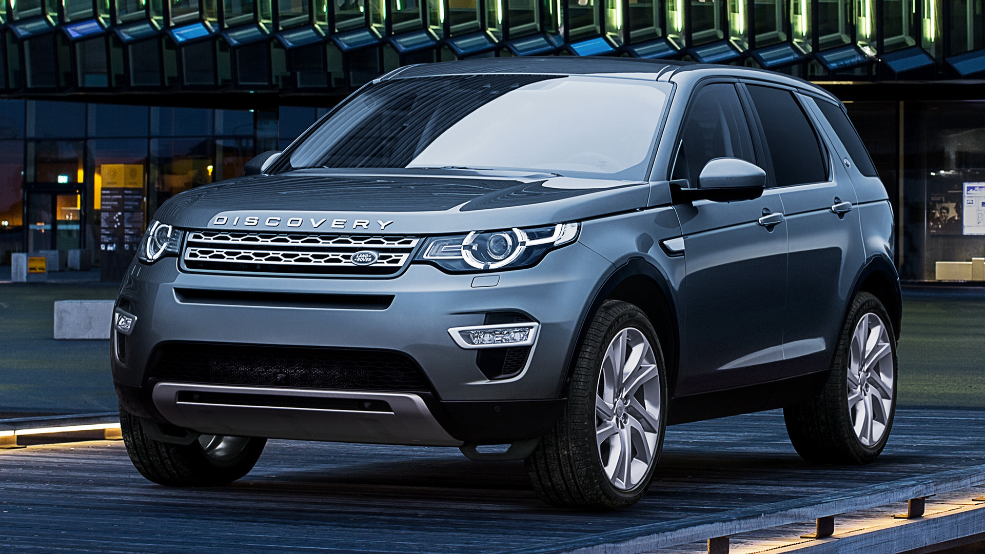 land rover discovery sport hse luxury 2015 wallpapers and hd images car pixel. Black Bedroom Furniture Sets. Home Design Ideas
