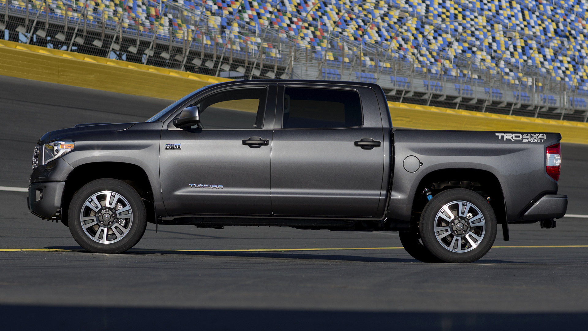 Toyota Tundra Double Cab >> 2018 Toyota Tundra TRD Sport CrewMax - Wallpapers and HD ...