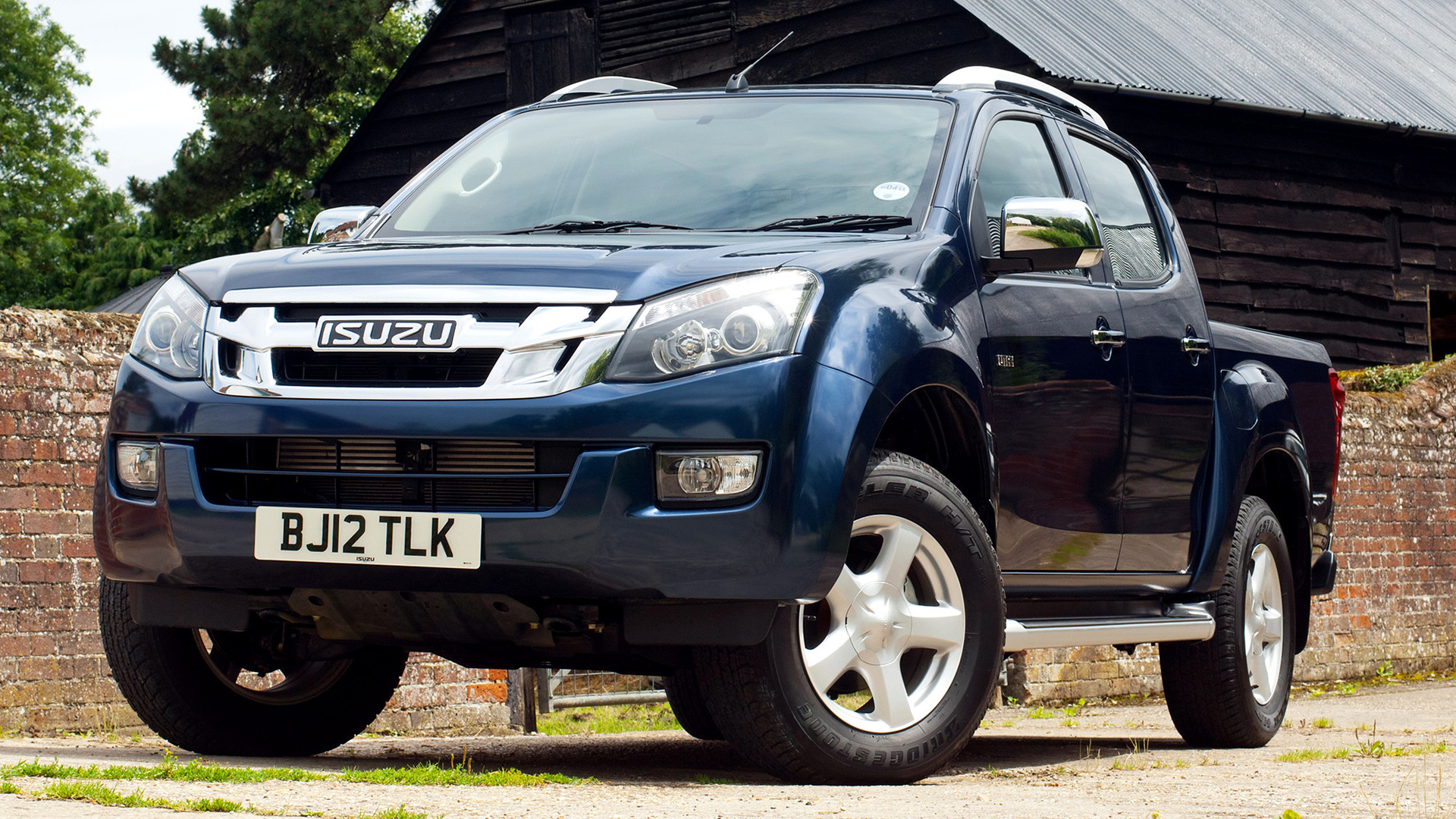 isuzu d max double cab 2012 uk wallpapers and hd images. Black Bedroom Furniture Sets. Home Design Ideas