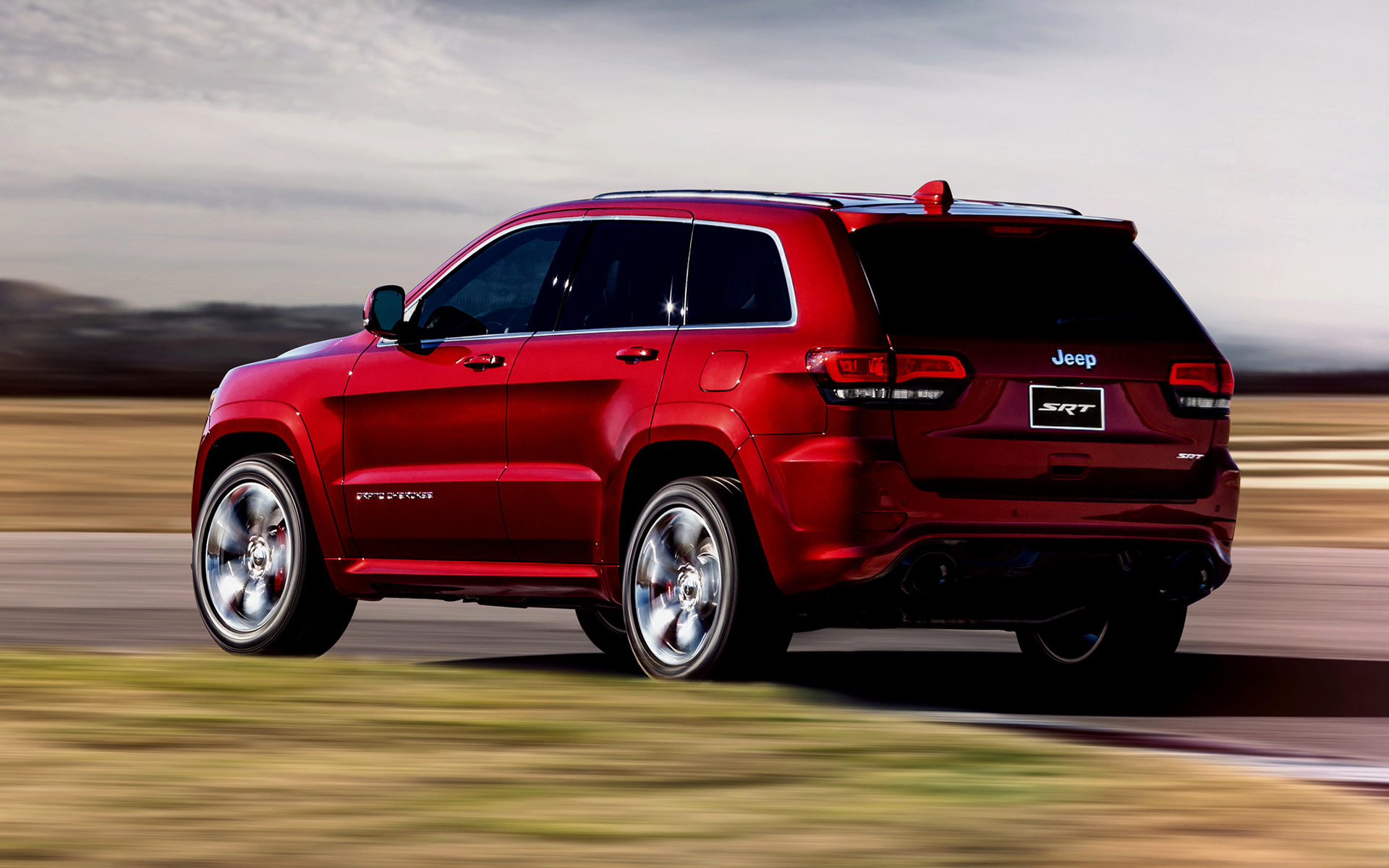 2013 Jeep Grand Cherokee Srt Wallpapers And Hd Images Car Pixel