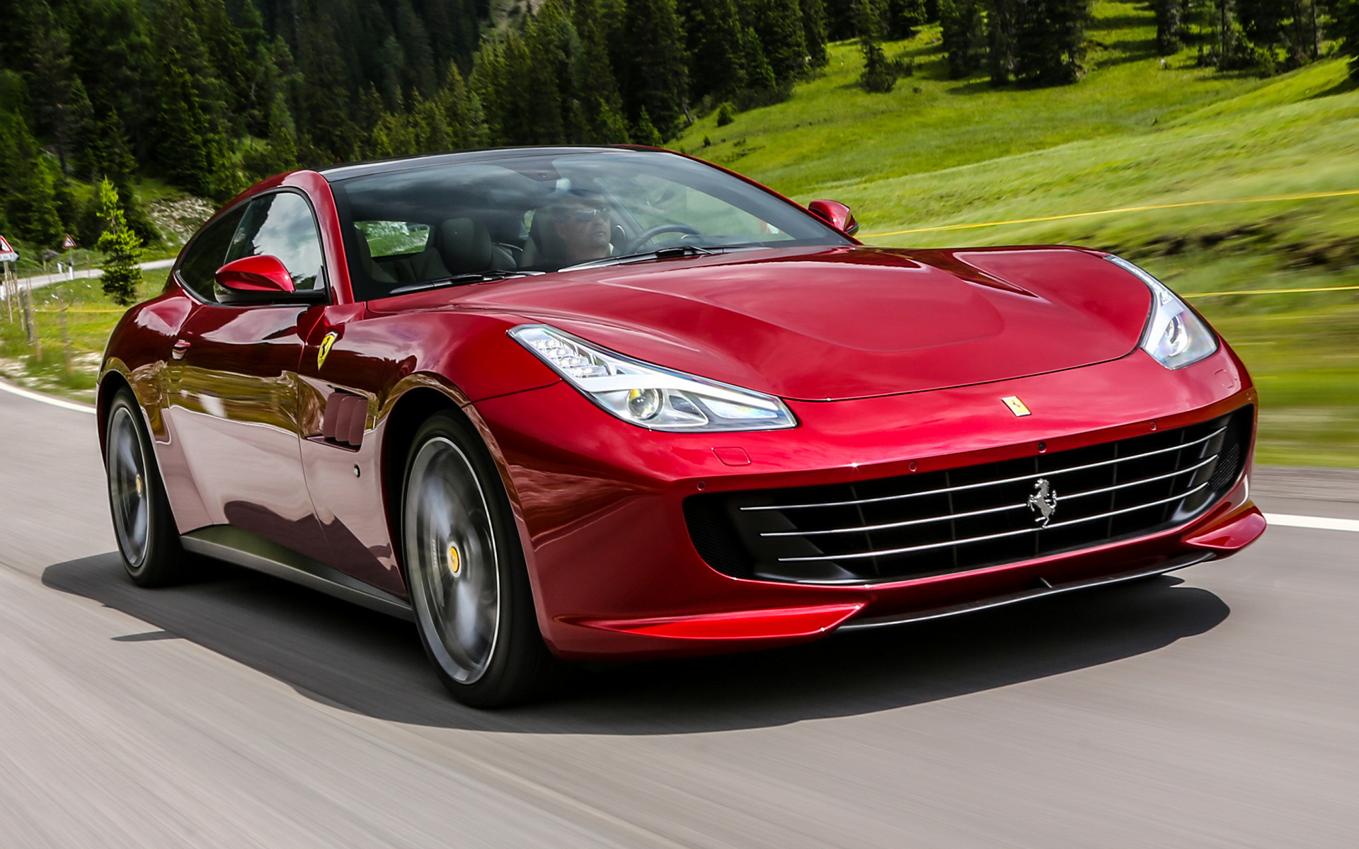 ferrari gtc4lusso 2016 wallpapers and hd images car pixel. Black Bedroom Furniture Sets. Home Design Ideas