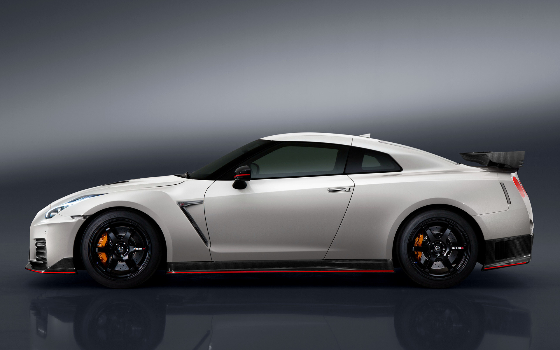 Nissan Gt R Nismo 2016 Wallpapers And Hd Images Car Pixel